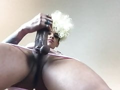 HUNG GIRL MEAT caM ziL 3